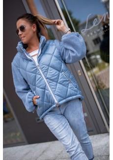 Голубая куртка с вязанными рукавами
